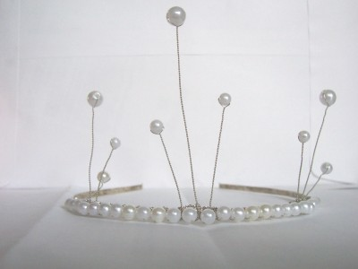 Pearl Three-Prong Tiara